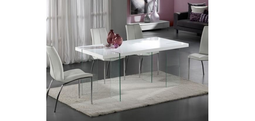 ¿Conoces las ventajas de las mesas de cristal?